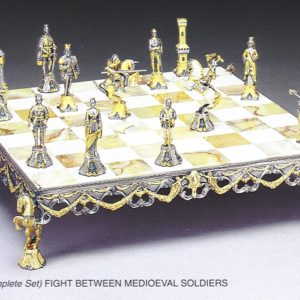 Large Middle Ages Soldiers Complete Chess Set (Board And Pieces)