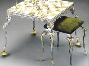 Medioeval Fight Chess Stool