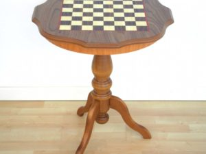 Camelot Chess Table