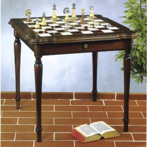 Royale Chess Table
