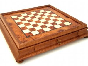Briar Elm Wood Chessboard With Wooden Frame And Drawer (Square 1,9 Inch.)