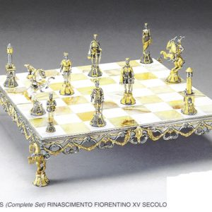 Italian Reinassance Century XV Complete Chess Set (Board And Pieces)